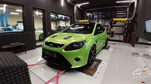 Ford Focus RS (304 л.с.)